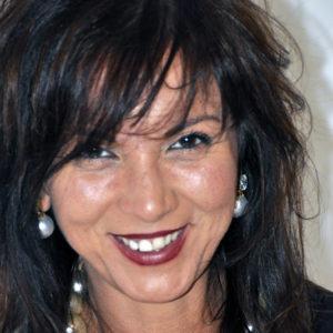 Adriana Apicella - PinoManagement.it